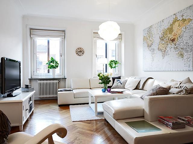 简约 白领 收纳 旧房改造 80后 小资 客厅图片来自天津都市新居装饰有限公司在红桥丽泰公寓的分享