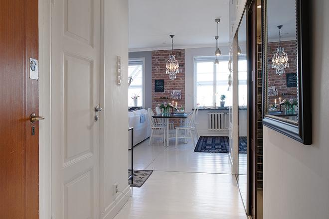 白领 收纳 旧房改造 80后 小资 欧式 玄关图片来自天津都市新居装饰有限公司在红桥 河怡花园的分享