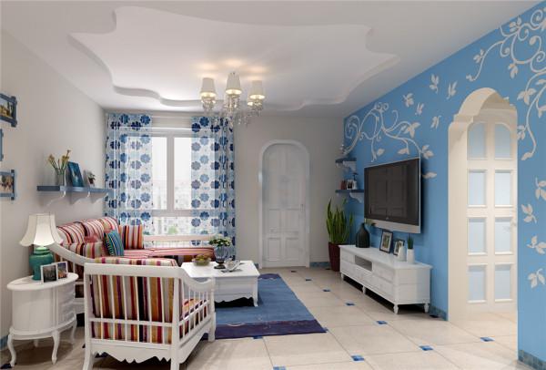 整个客厅空间本不是很大,在色彩的运用上选择蓝白色主次分明,垭口融合了地中海风格元素。最终让业主十分满意。楼上小厅打造成精致的书房,宽大的书柜让实用与美观相结合的更加完美 。