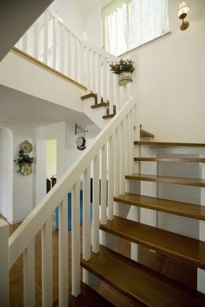 旧房改造 白领 80后 复式 今朝装饰 地中海 楼梯图片来自今朝装饰老房装修通王在浪漫地中海的分享
