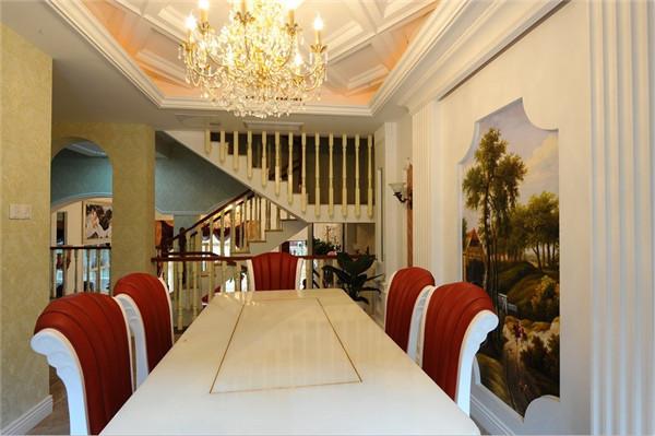 欧式 混搭 别墅 80后 白领 餐厅图片来自长沙金煌装饰在复古与摩登古典欧式风格的分享