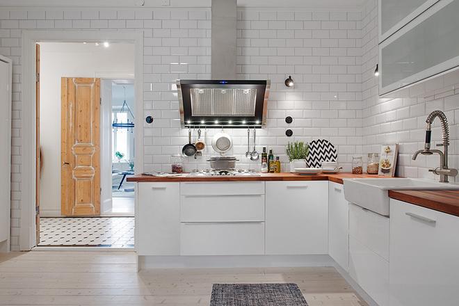 北欧 三居 白领 收纳 80后 小资 餐厅图片来自沪上名家装饰在118平--经典北欧公寓的分享