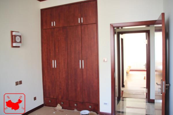 农大家属院200平中式案例  实木衣柜