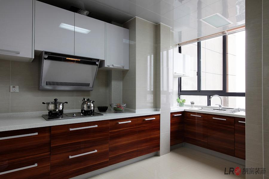 现代 白领 三居 85后 厨房图片来自朗润装饰工程有限公司在保利花园-现代的分享