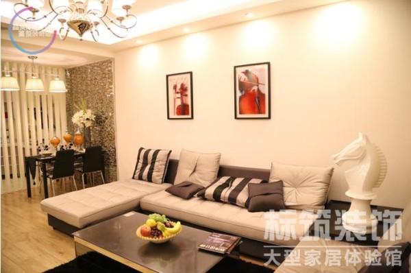 以现代功能至上的技术美学为主导思想,不需要繁琐的装潢和过多家具,最大限度的体现空间与家具的整体协调,注重居室空间的布局与使用功能的完美结合。