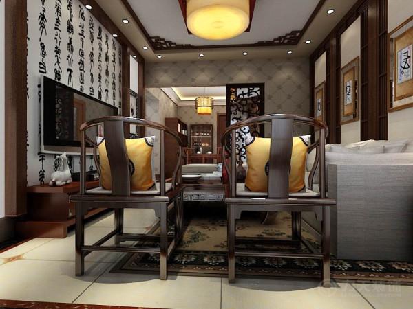 电视背景墙采用实木复合板的直线框架做为装饰,中间的暗灯槽照射出的黄色光让室内更加温馨和谐,简单又不乏时尚感,沙发背景墙以三幅机简的挂画加以装饰。