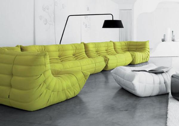 从 1960 年至 1986 年间,他担任法国着名家具品牌 ligne roset 的首席设计师,在 1973 年他为品牌设计了名为Togo 的系列座椅。