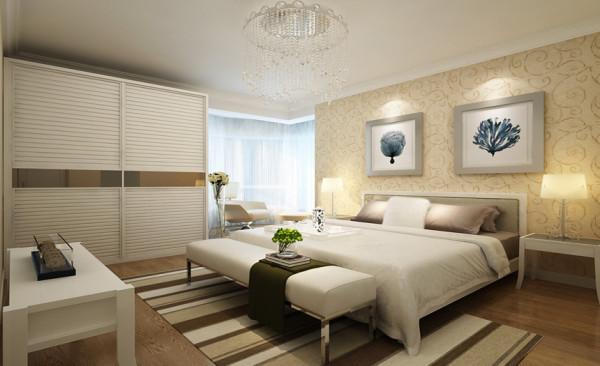 舒适、恬静的卧室使人在休憩空间得到精神和身体的放松,并紧跟着时尚的步伐,也满足的现代人'混搭'的乐趣。卧室基本以浅色调依为主,浅色的窗帘、墙面的挂画,使卧室更纯净、更富有浪漫的情致。