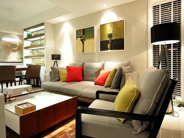 客厅色彩搭配自然
