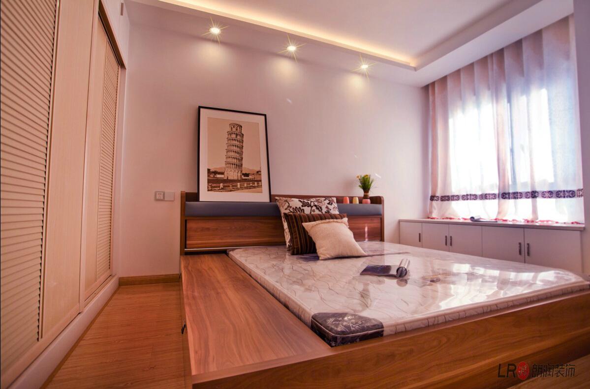 现代 简约 三句 三代同堂 卧室图片来自朗润装饰工程有限公司在成都ICC  4号楼现代风格的分享