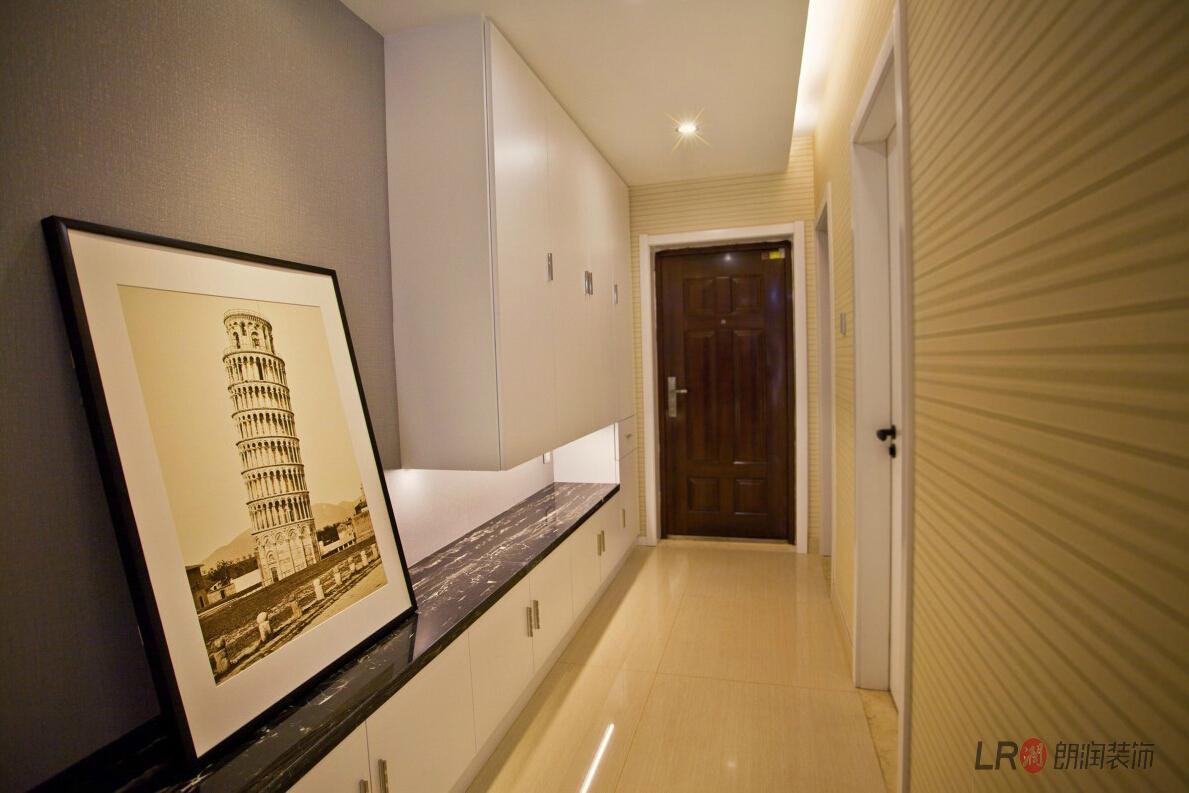 现代 简约 三句 三代同堂 其他图片来自朗润装饰工程有限公司在成都ICC  4号楼现代风格的分享