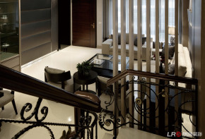 别素 现代 小资 楼梯图片来自朗润装饰工程有限公司在半山艾马仕-现代风格的分享