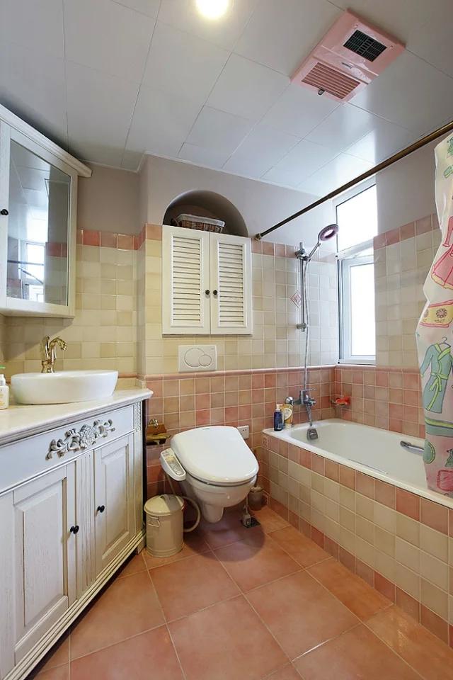 二居 混搭风格 粉色 家庭装修 阿拉奇设计 卫生间图片来自阿拉奇设计在粉色混搭两居室的分享
