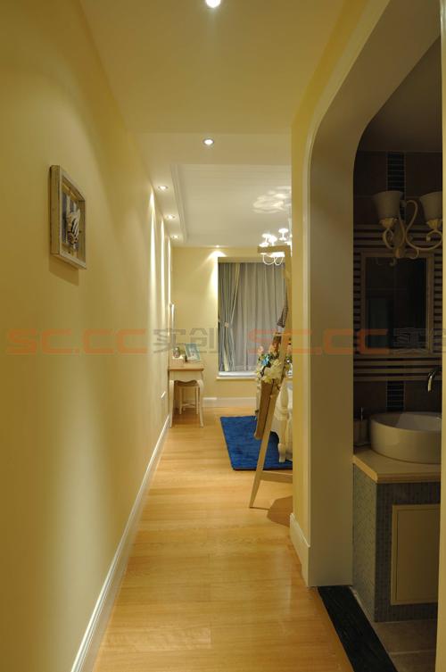 地中海 三居 装修 蓝色风格 玄关图片来自南京实创装饰夏雨荷在金域华府130平--地中海之家的分享
