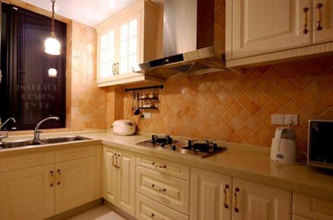 二居 旧房改造 80后 白领 简约 厨房图片来自今朝装饰老房装修通王在简洁大方、自然舒适的分享