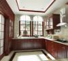 拥有一个精心设计、装修合理的厨房会让你变得轻松愉快起来。厨房装修首先要注重它的功能性。打造温馨舒适厨房,一要视觉干净清爽;二要有舒适方便的操作中心:橱柜要考虑到科学性和舒适性。