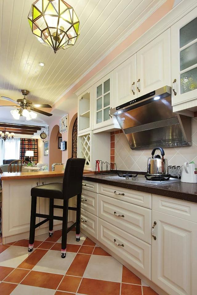 二居 混搭风格 粉色 家庭装修 阿拉奇设计 厨房图片来自阿拉奇设计在粉色混搭两居室的分享