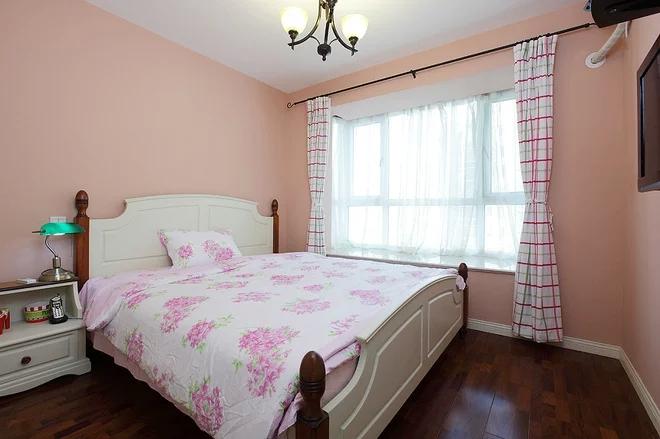 二居 混搭风格 粉色 家庭装修 阿拉奇设计 卧室图片来自阿拉奇设计在粉色混搭两居室的分享
