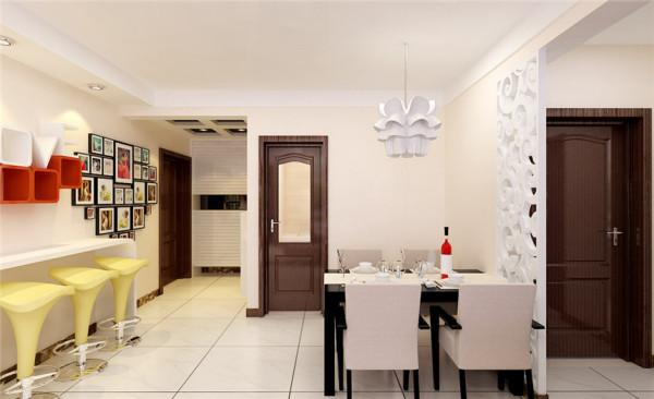中式风格是以宫廷建筑为代表的中国古典建筑的室内设计艺术风格,高空间,大进深,雕梁画柱,造型讲究对称,色彩讲究对比