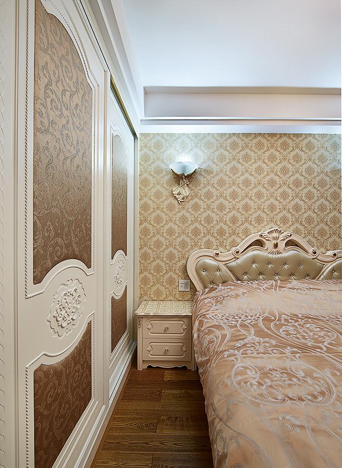 卧室图片来自家装大管家在法式浪漫四溢 139平舒适大气3居的分享