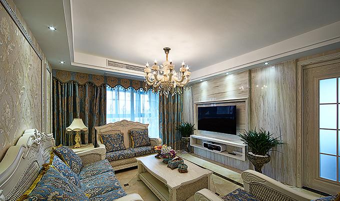 客厅图片来自家装大管家在法式浪漫四溢 139平舒适大气3居的分享