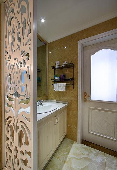 卫生间图片来自家装大管家在蓝白舒适空间 125平简欧淡雅3居的分享