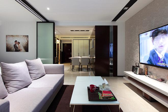 二居 美式 婚房 旧房改造 客厅图片来自实创装饰晶晶在普陀帅哥打造84平美式完美婚房的分享