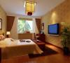 由改变一些结构,提升整体空间使用率,墙面、地面、顶面以及家具陈设乃至灯具等以较为简单的造型、并且尽可能不用装饰而是用颜色来协调整个空间的分为。