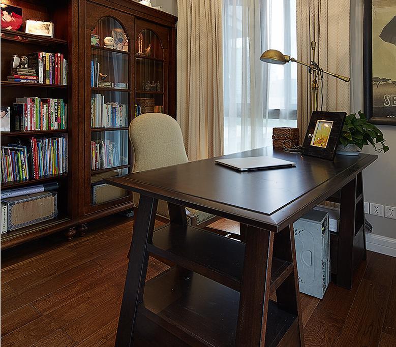 书房图片来自佰辰生活装饰在160平打造典雅美式梦想的分享