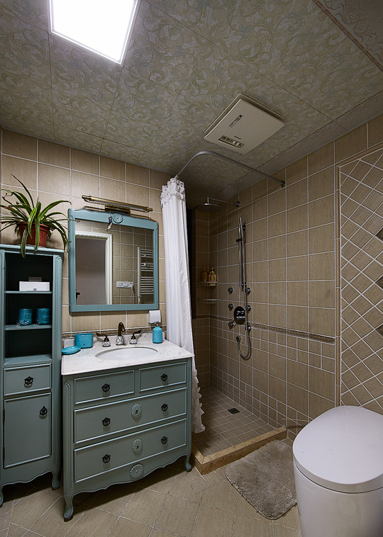 卫生间图片来自家装大管家在如梦似幻 89平美式混搭时尚居的分享