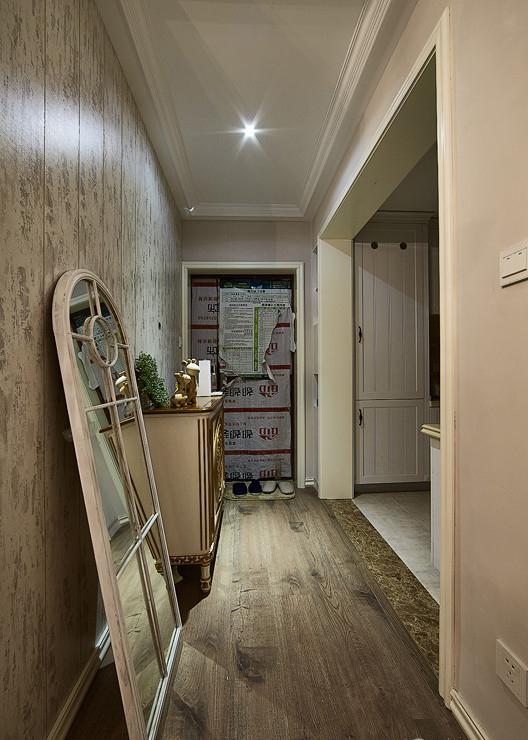 玄关图片来自家装大管家在如梦似幻 89平美式混搭时尚居的分享