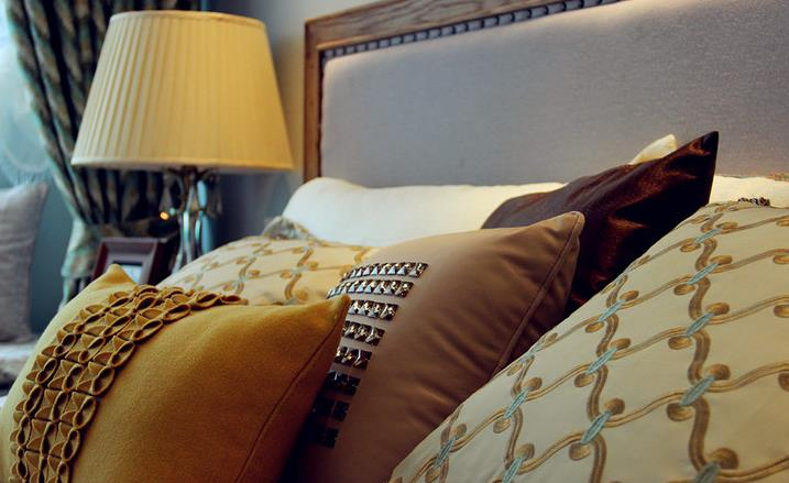 欧式 简约 三居 温馨 自然 收纳 卧室图片来自佰辰生活装饰在106平北欧风情三居空间的分享
