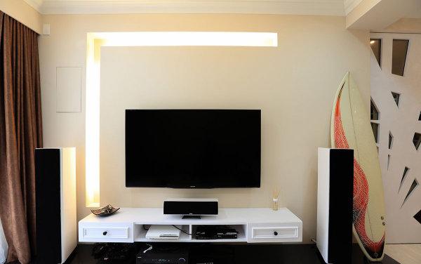 新房装修 旧房改造 现代简约 混搭风格 客厅图片来自周海真在75平简约居演绎衣帽间设计的神话的分享