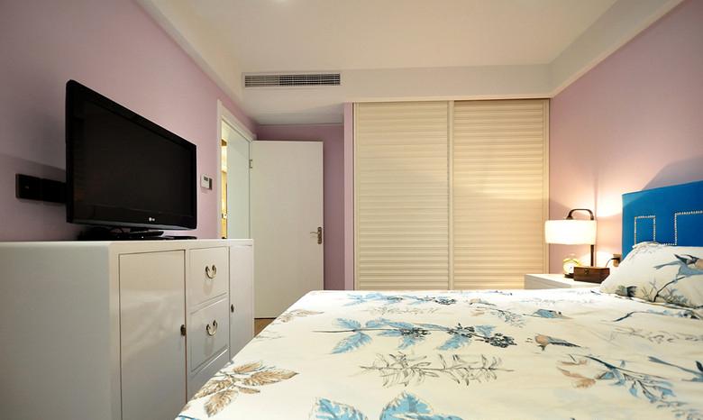 卧室图片来自家装大管家在活色生香 102平现代时尚3居室的分享