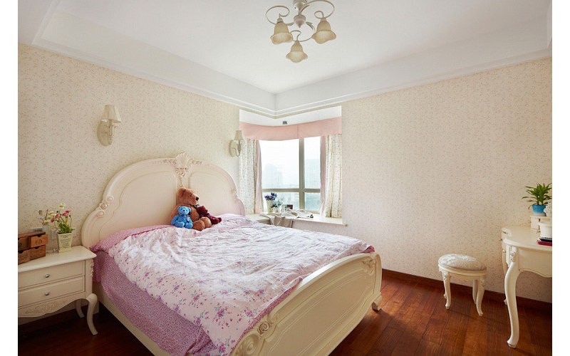 简约 欧式 80后 小资 卧室图片来自舞者vv在样板房-现在简欧的分享