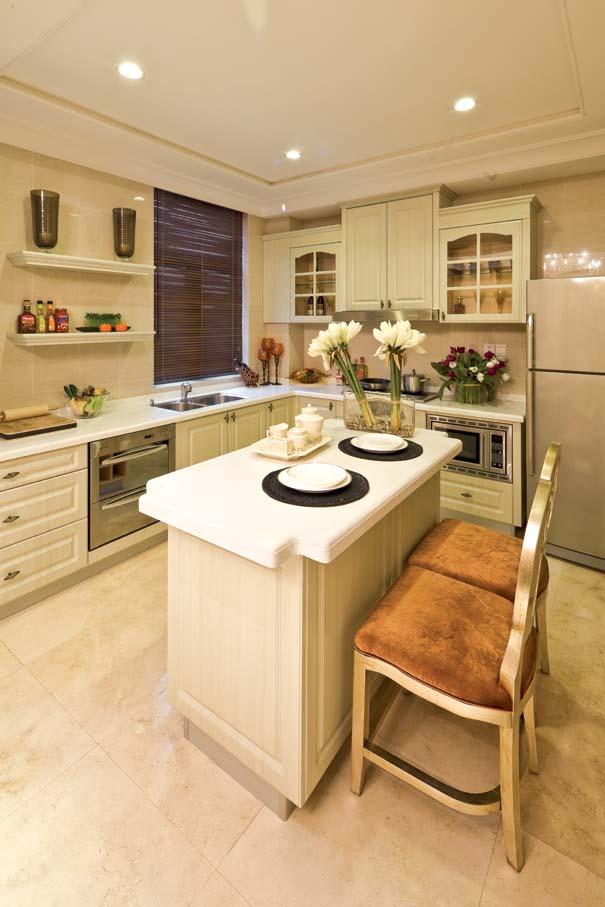 别墅设计 新古典 厨房图片来自紫禁尚品装饰孟莹在新古典风格远洋遨北二期的分享