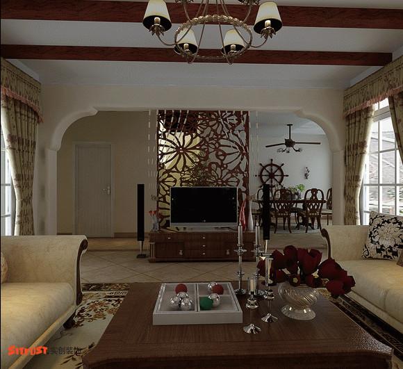 因客厅两侧都是窗户,电视墙的定位是对设计师空间感的考验,大气拱型电视墙与木质屏风设计在过道右侧,通透、生态与艺术的结合体,让空间虚实相间,营造一个和谐轻松的氛围。