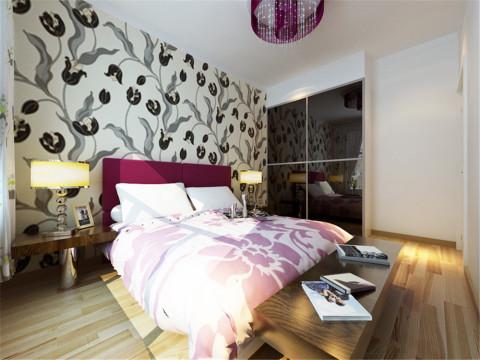 通过间接明了的设计手法,配上多元素的后期配饰,使整个家居达到简约而不简单的效果也融合在居室的时尚氛围里。