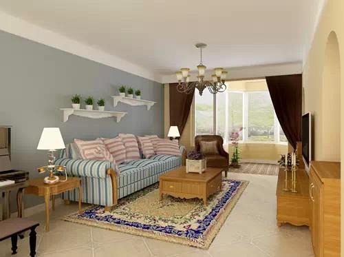 22平田园风格客厅 地中海的条质布艺沙发、蓝灰色的沙发背景、深色的布艺窗帘、大麦黄色的整体墙面、古朴的地砖、定制的老榆木家具,使灵动的空间充满了自然气息,让主人到回家里瞬间就能放松心情。