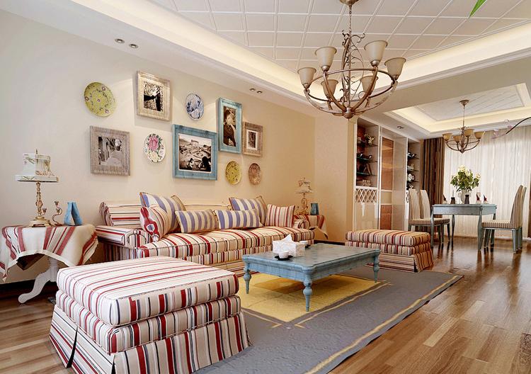 客厅图片来自百家装饰-小李在克莱斯特120平田园风格的分享