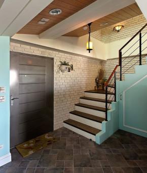 简约 欧式 美式 田园 混搭 二居 三居 旧房改造 收纳 楼梯图片来自周楠在80㎡美籍女教师复式美式乡情屋的分享