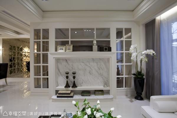 利用与书房隔间的格子窗做对称造型,电视机柜带入线板造型,隐喻美式经典的壁炉元素,细腻拉抬着生活暖度。