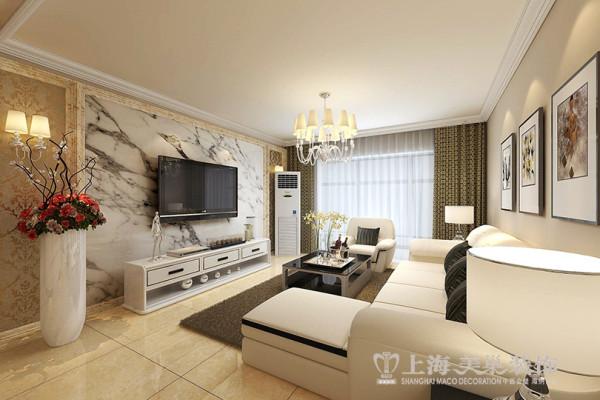 电视背景墙的设计采用较为常见的浅色的大理石石材和壁纸结合,石材会让整个空间显现的更加大气,周围壁纸会处理的柔和点。