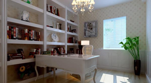 书房 象牙色的书桌显得很干净