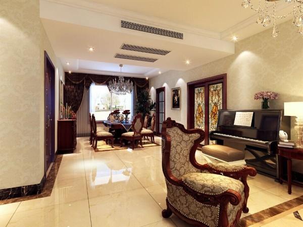 客餐厅。轻装修,重装饰。除了中央空调的空间其他地方尽量采用后期配饰,降低施工成本。增加设计效果!