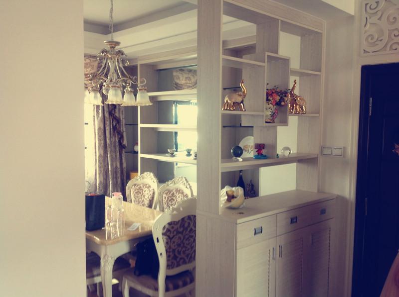 半包 简欧 三居 玄关图片来自国安居装饰在适合自已的就是最温暖的家.的分享