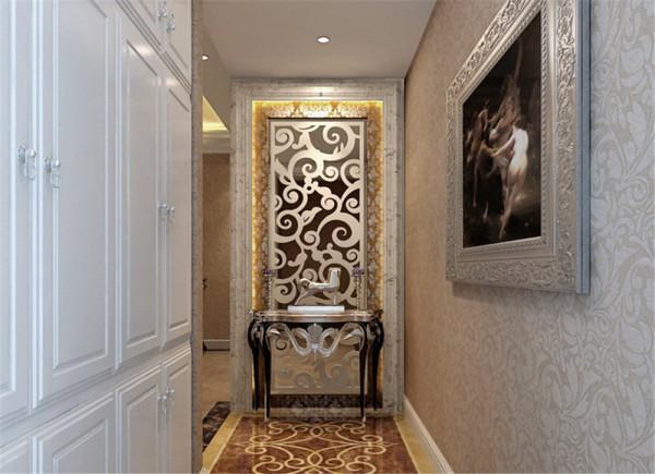 设计中现代与古典设计理念相结合念,将古典的装饰元素融入了现代风格设计,使整个空间奢华不失典雅。     客厅鲜黄色壁纸,借由夸大、对比性强的黄银色调,为空间营造奢华的迷人魅力.
