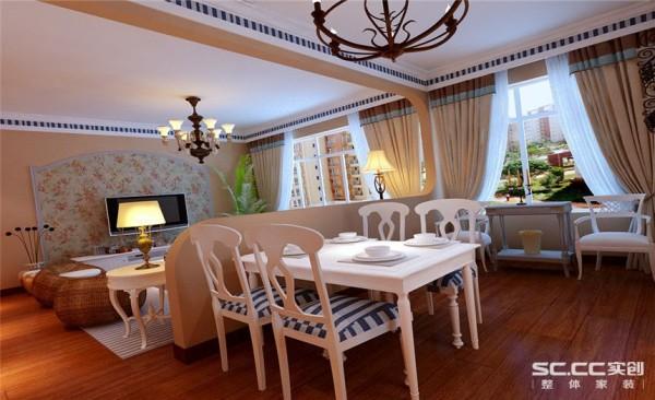 客餐厅设计: 壁纸和石膏线条完美的结合打造了一个温馨舒适的氛围,