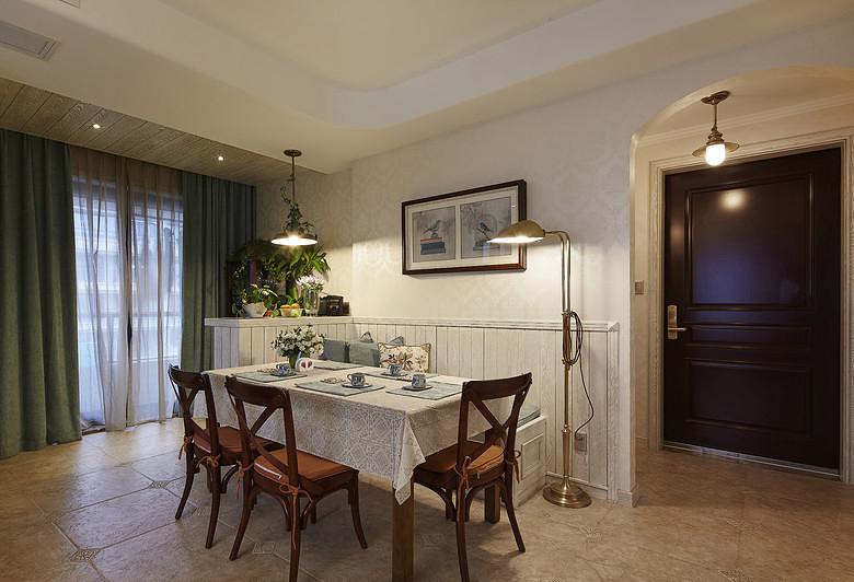 餐厅图片来自家装大管家在夏日乐悠悠 105平美式休闲3居的分享