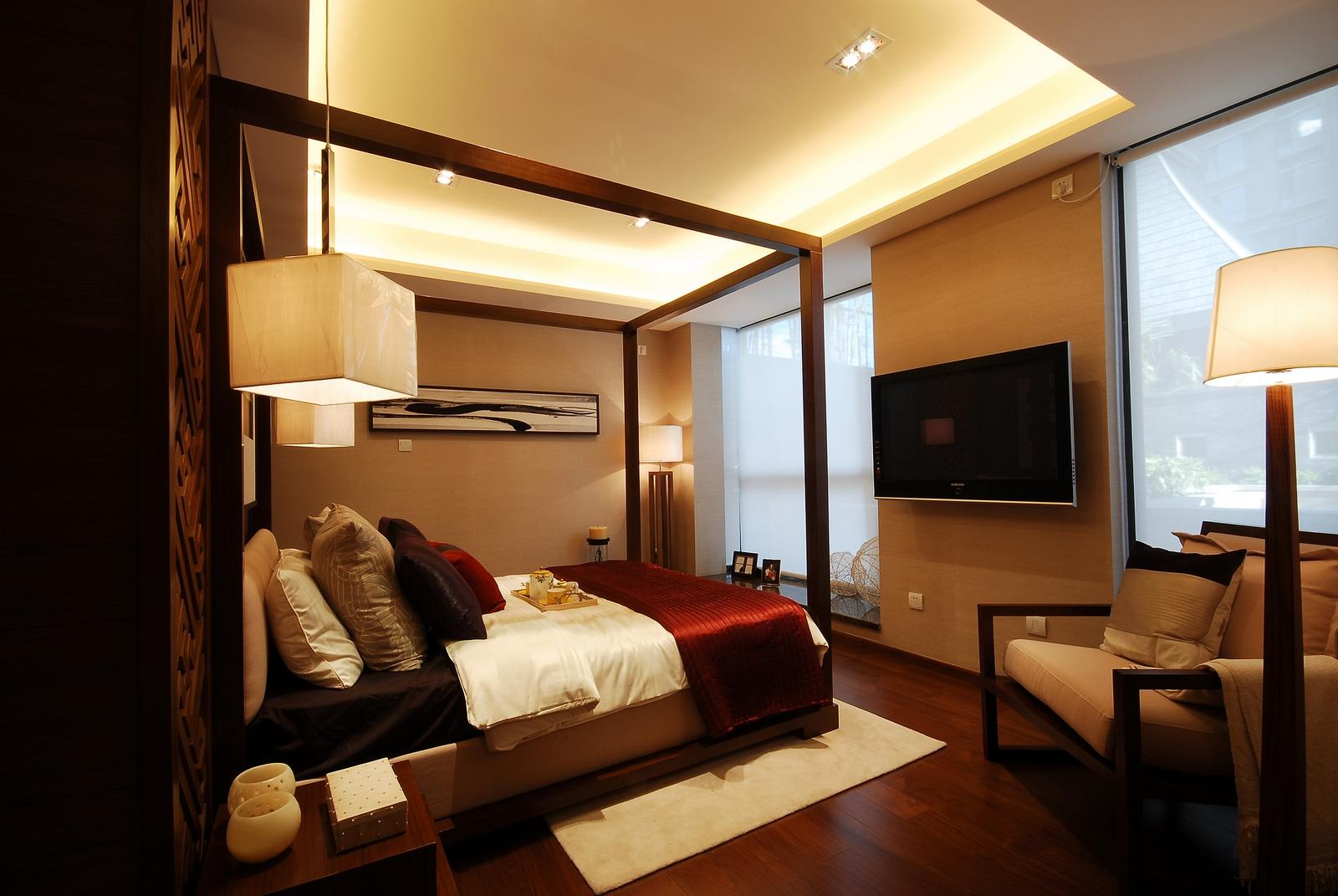三居 简约 卧室图片来自武汉豪迪装饰公司在顶琇国际城102平现代简约的分享